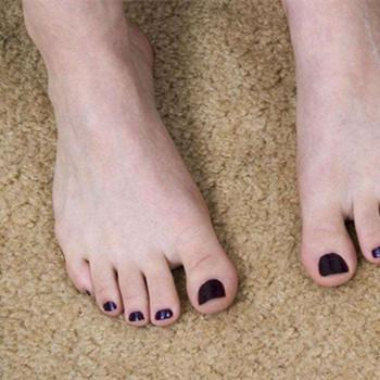 梦见脚趾甲