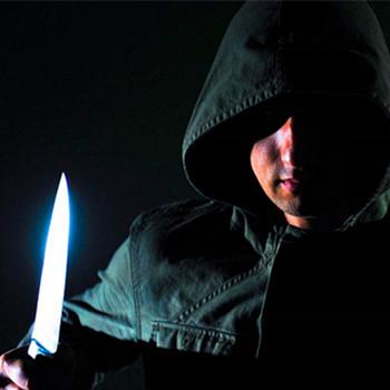夢見有人拿刀捅我