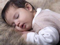 2018年狗年6月出生的宝宝取名忌用什么字?取名有何讲究?
