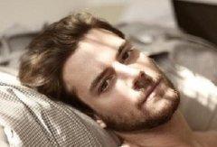 男人感情专一的面相有哪些?