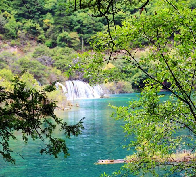 壁纸 风景 山水 摄影 桌面 682_618