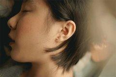 女人脖子痣相圖解,脖子有痣好不好?